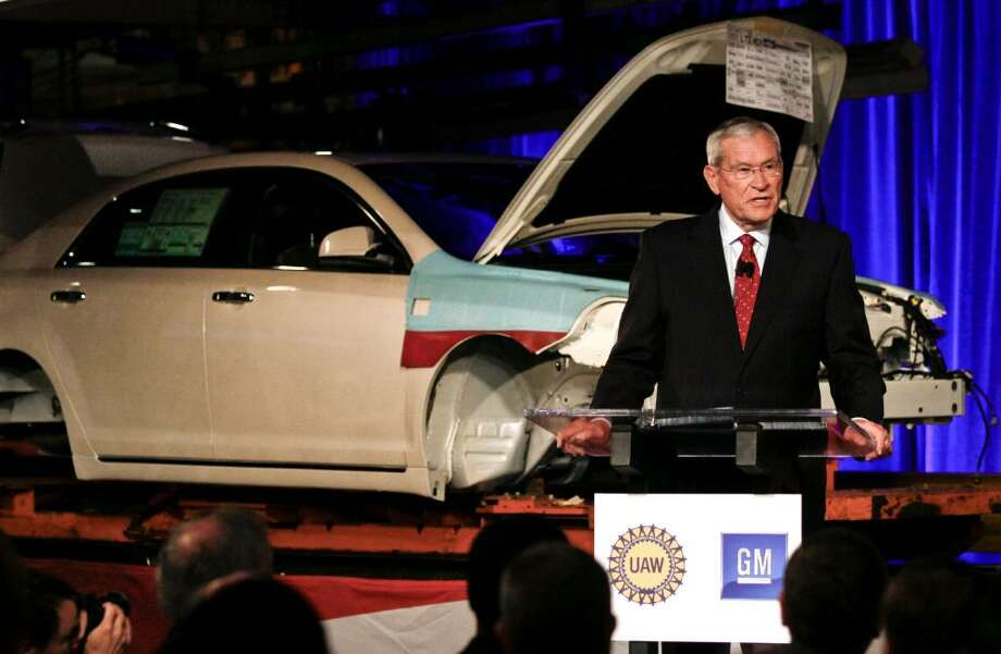 """Ed Whitacre, chairman and chief executive officer of General Motors Co., speaks during an event at the GM Fairfax Assembly Plant in Kansas City, Kansas, U.S., on Wednesday, April 21, 2010.  Whitacre said the early repayment of $5.8 billion in government loans and his investment in U.S. car plants show """"our plan is working."""" Photographer: Ed Zurga/Bloomberg *** Local Caption *** Ed Whitacre Photo: Ed Zurga, Bloomberg"""