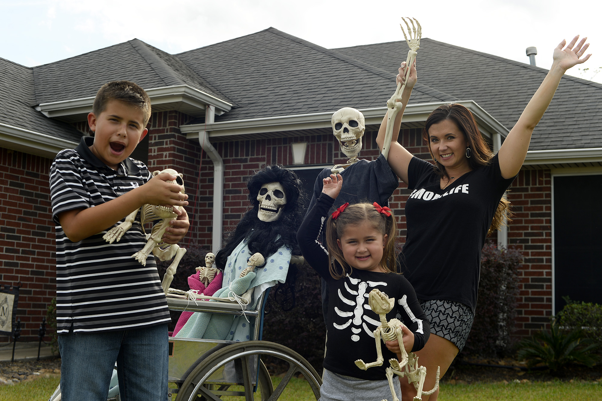 Creative halloween display lets lumberton residents keep up with the