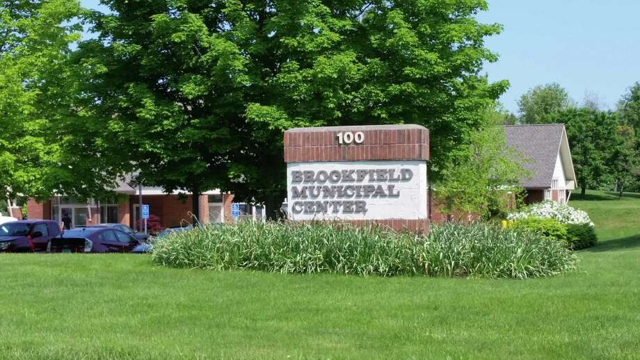 File photo. Brookfield Town Hall Photo: Alex Wolff / Hearst Connecticut Media