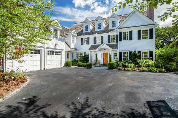 The Colonial at 85 Harrison Ave. is only a half-mile from downtown New Canaan and the train station.