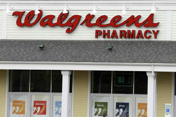 Walgreens Boots Alliance said it expects to wrap up its $9.4 billion purchase of rival Rite Aid Corp. early next year, rather than by the end of 2016. Walgreens leaders then cautioned analysts against reading too much into the delay.