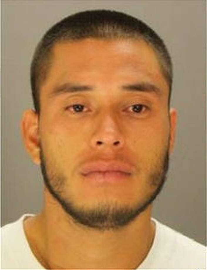 Edgar Jaquez-Moreno, 24, escaped from the Dallas County Sheriff's Office on Oct. 19, 2016 and is being sought by police.  Photo: Dallas County Sheriff's Office