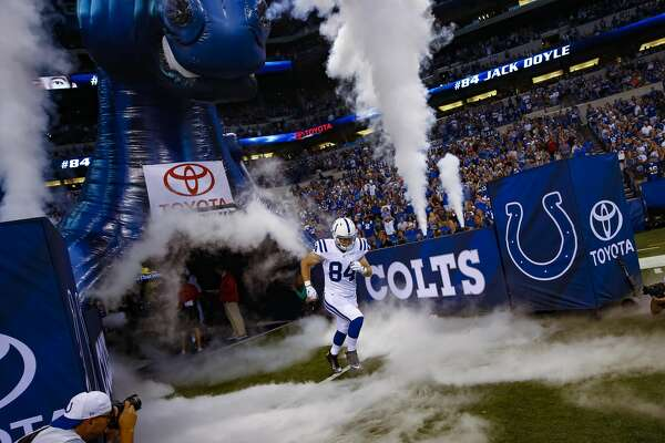 INDIANAPOLIS, IN - AUGUST 20: Jack Doyle #84 of the Indianapolis Colts takes the field during player intros before the game against the Baltimore Ravens at Lucas Oil Stadium on August 20, 2016 in Indianapolis, Indiana.  (Photo by Michael Hickey/Getty Images)
