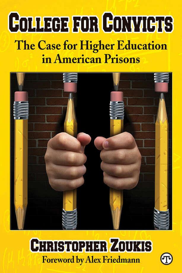 Experts advise: Educating prisoners can reduce recidivism. (NAPS)