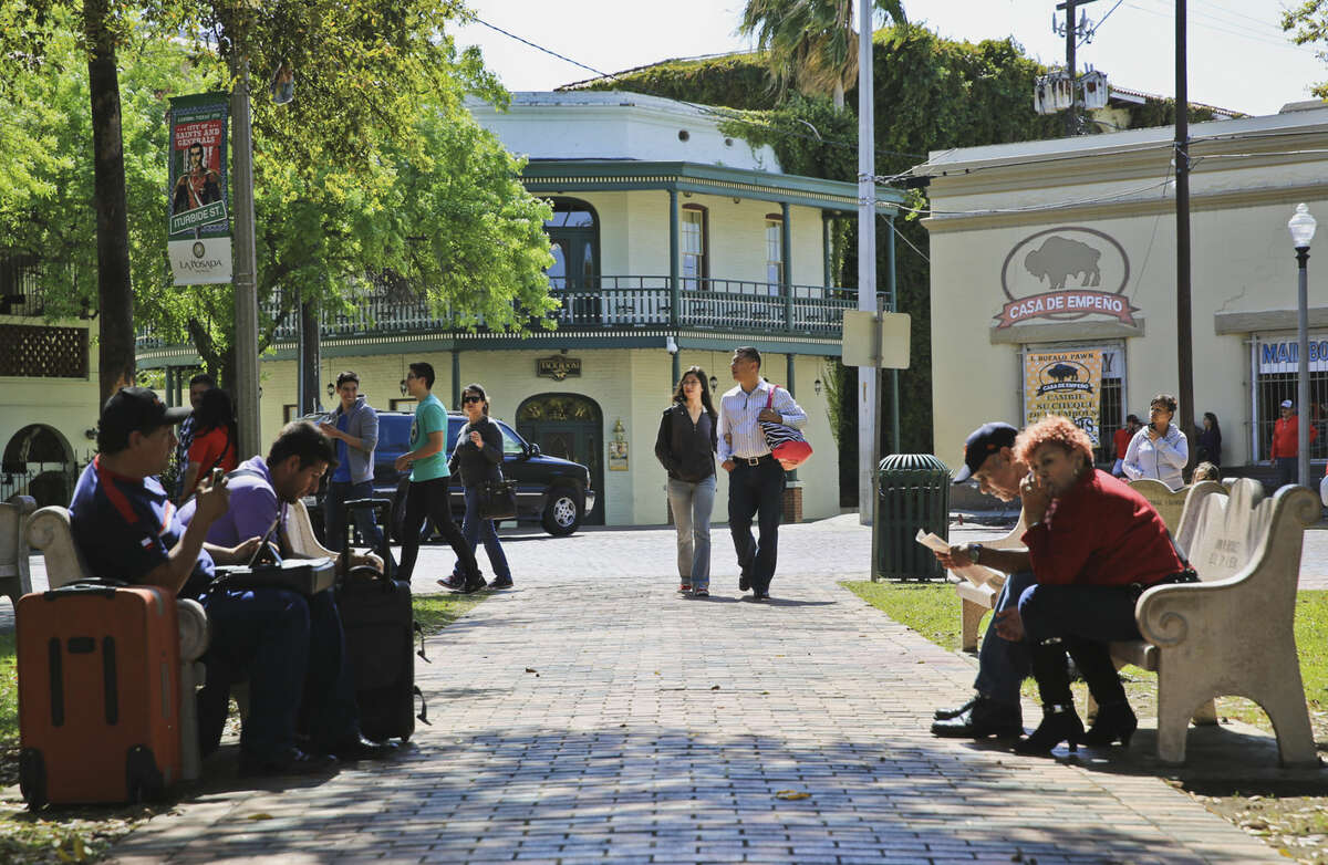 Walk off your breakfast by wandering through downtown Laredo at San Augustin Plaza. Walking through the historical district, you'll see Spanish and Mexican influences through the buildings and brick-made streets.