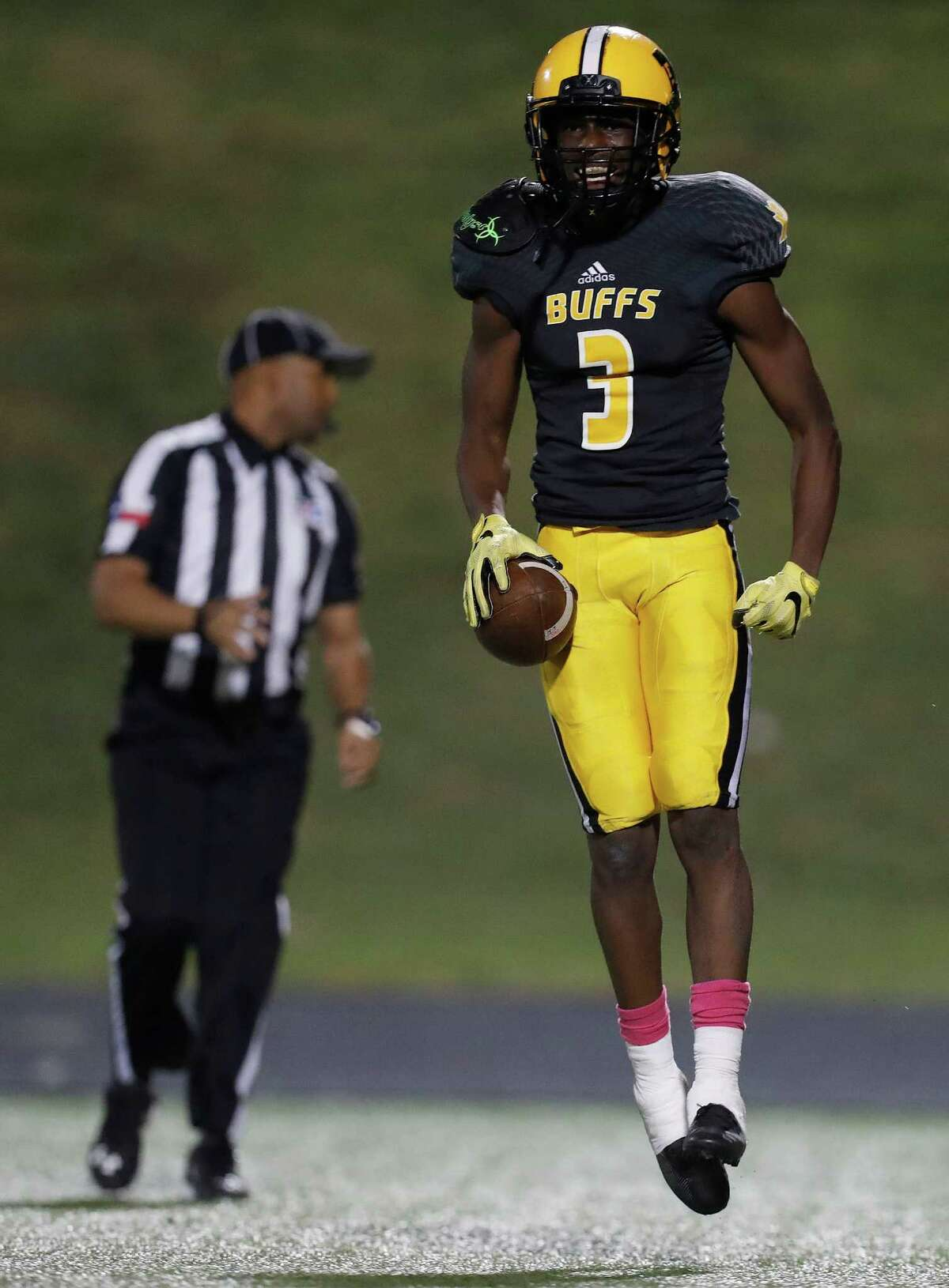 Marshall's wide receiver Henry Thomas (3) celebrates a touchdown during the second half of a high school football game between Elkins and Marshall at Hall Stadium, Thursday,Oct. 20, 2016 in Missouri City.
