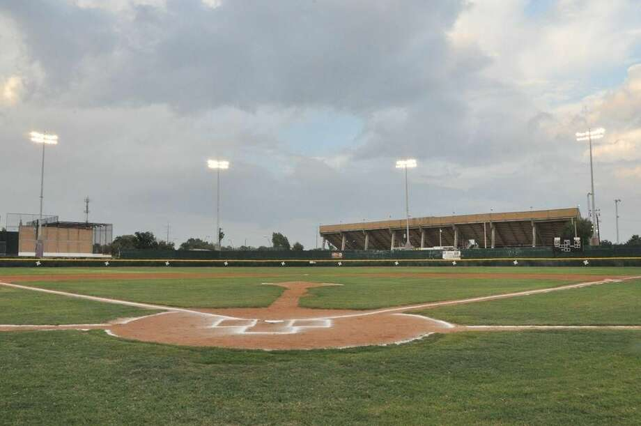 La imagen muestra la parte interior del remodelado Parque La Junta en Nuevo Laredo, México, que fuera inaugurado el fin de semana. (Foto de cortesía)
