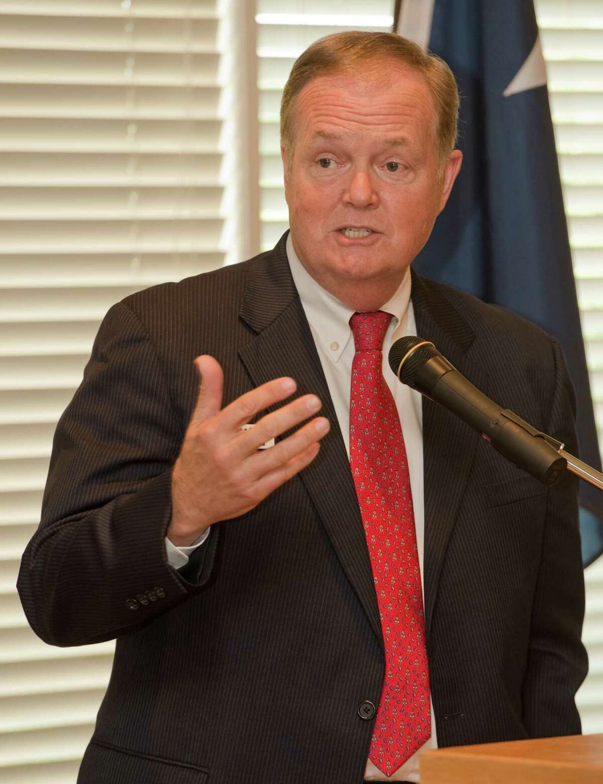 Wayne Christian, candidate for Texas Railroad Commission, speaks Wednesday 04-13-16 at the Midland County Republican Women's luncheon. Tim Fischer\Reporter-Telegram
