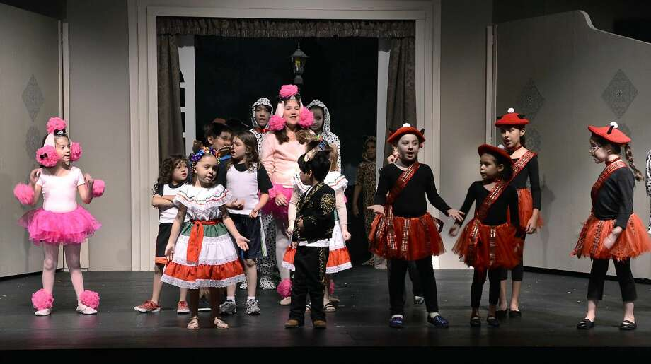 "The cast and crew of the Laredo Little Theatre's production of ""101 Dalmatians"" holds a dress rehearsal Wednesday evening in preparation for the play, which will start showing this weekend. (Photo by Cuate Santos/Laredo Morning Times)"