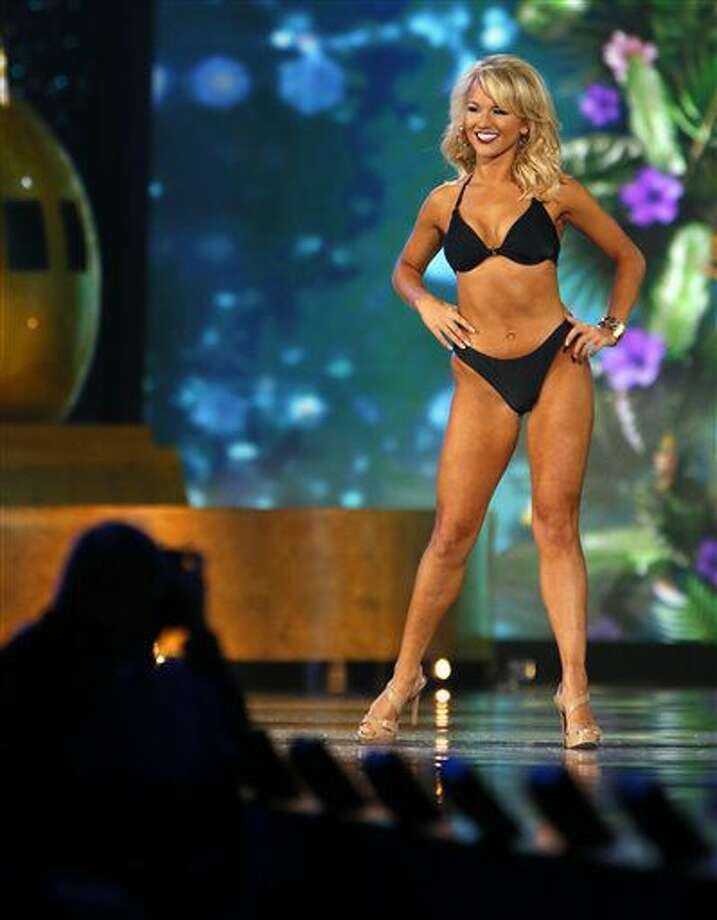 Miss Arkansa Savvy Shields during swimsuit competition at the Miss America 2017 pageant, Sunday, Sept. 11, 2016, in Atlantic City, N.J. (AP Photo/Noah K. Murray)