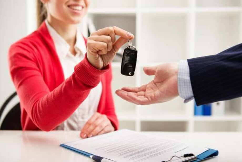 5 Things to Consider When Selecting a Car Dealership