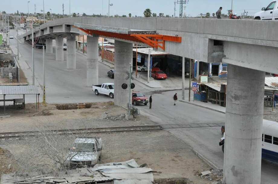 Avance de la obra del Puente Mazatlán en Nuevo Laredo, México. (Foto de cortesía)