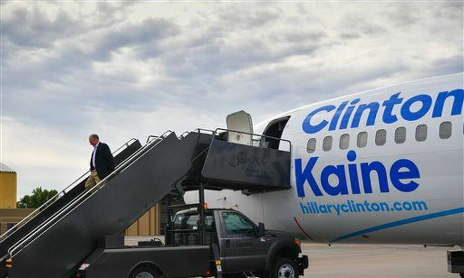 Democratic vice presidential candidate, Sen. Tim Kaine, D-Va., arrives in Minneapolis Tuesday, Sept. 13, 2016. (Glen Stubbe/Star Tribune via AP)