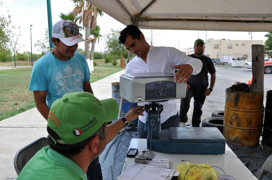 De 8 a.m. a 4 p.m. se realizará el viernes y sábado en el Parque Polvo Enamorado y en el estacionamiento frente al edificio de El Palomar, en Nuevo Laredo, México, el programa para acopio de residuos peligrosos.(Foto de cortesía)