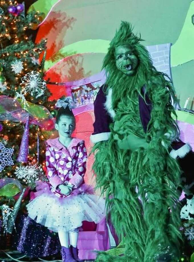 """Dunamis Ministries presented the musical play """"The Grinch"""" during the 6th Annual """"Ven por un Juguete"""" event at Dunamis Ministries on Sunday afternoon. Distribution of toys followed the musical."""