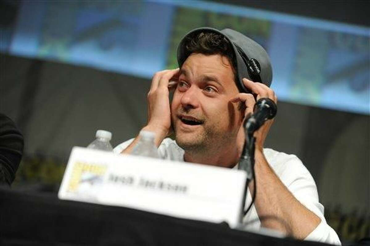 """Joshua Jackson speaks at the """"Fringe"""" screening and panel at Comic-Con on Sunday, July 15, 2012, in San Diego. (Photo by Jordan Strauss/Invision/AP)"""