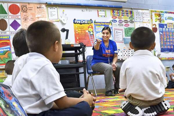 Nye Elementary School Principal Patricia Lanas speaks to a group of kindergarten students during the first day of classes for the 2011-2012 school year. (Photo by Cuate Santos, File/Laredo Morning Times)