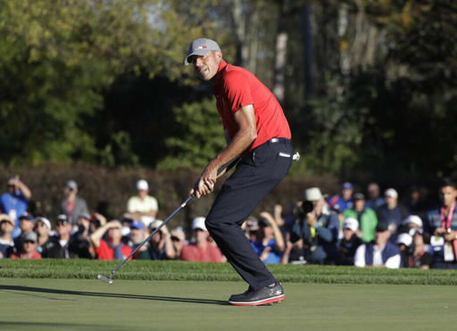 United States' Matt Kuchar reacts after missing a putt on the 14th hole during a four-balls match at the Ryder Cup golf tournament Friday, Sept. 30, 2016, at Hazeltine National Golf Club in Chaska, Minn. (AP Photo/Chris Carlson)