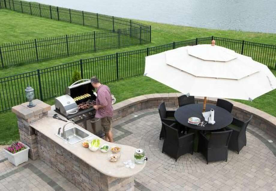 Tips to Spruce Up Your Outdoor Spaces for the Season