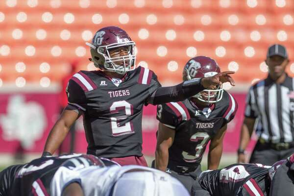 October 22 2016:  Texas Southern Tigers quarterback Averion Hurts (2) calls a play during the NCAA football game between the Jackson State Tigers and Texas Southern Tigers, Texas.  (Leslie Plaza Johnson/Freelance)