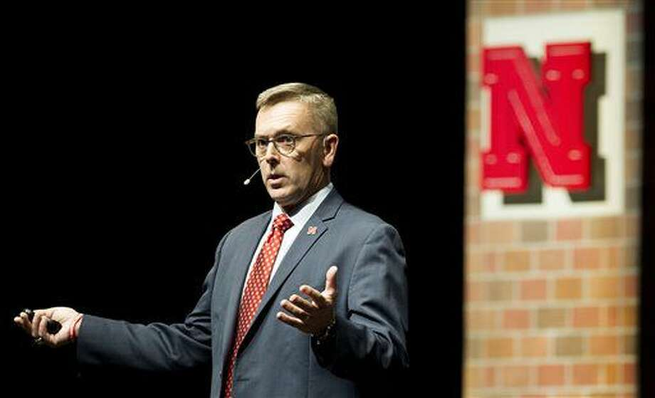 University of Nebraska-Lincoln chancellor Ronnie Green delivers his inaugural State of the University address to faculty, staff, students and the community on Thursday, Sept. 22, 2016, at the Lied Center for Performing Arts. (Francis Gardler/The Journal-Star via AP)