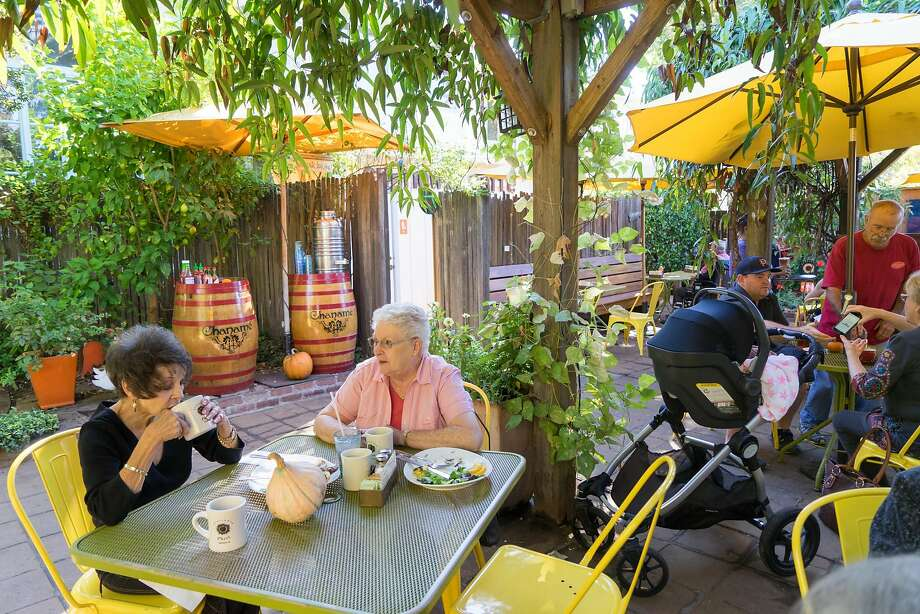 Donna Day, left, and Nancy Church enjoy lunch at the Sunflower Caffe in Sonoma, Calif. on Wednesday, Oct. 19, 2016. The Sunflower Caffe serves breakfast all day. Photo: James Tensuan, Special To The Chronicle