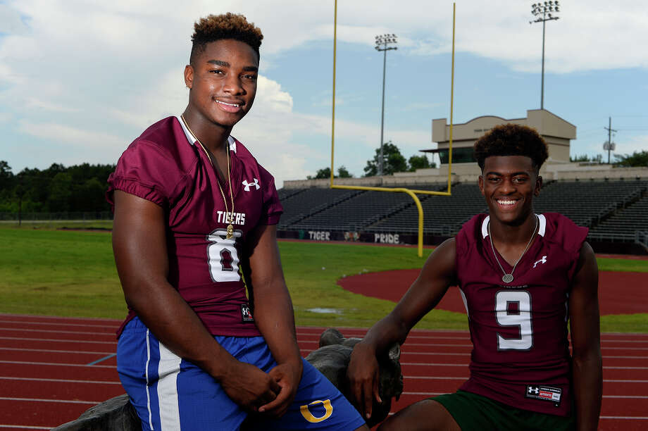 Running back Calvin Tyler Jr., left, and quarterback Willie Jones III have transferred to Silsbee High School, where they will play football and basketball.  Photo taken Friday 7/29/16 Ryan Pelham/The Enterprise Photo: Ryan Pelham / ©2016 The Beaumont Enterprise/Ryan Pelham