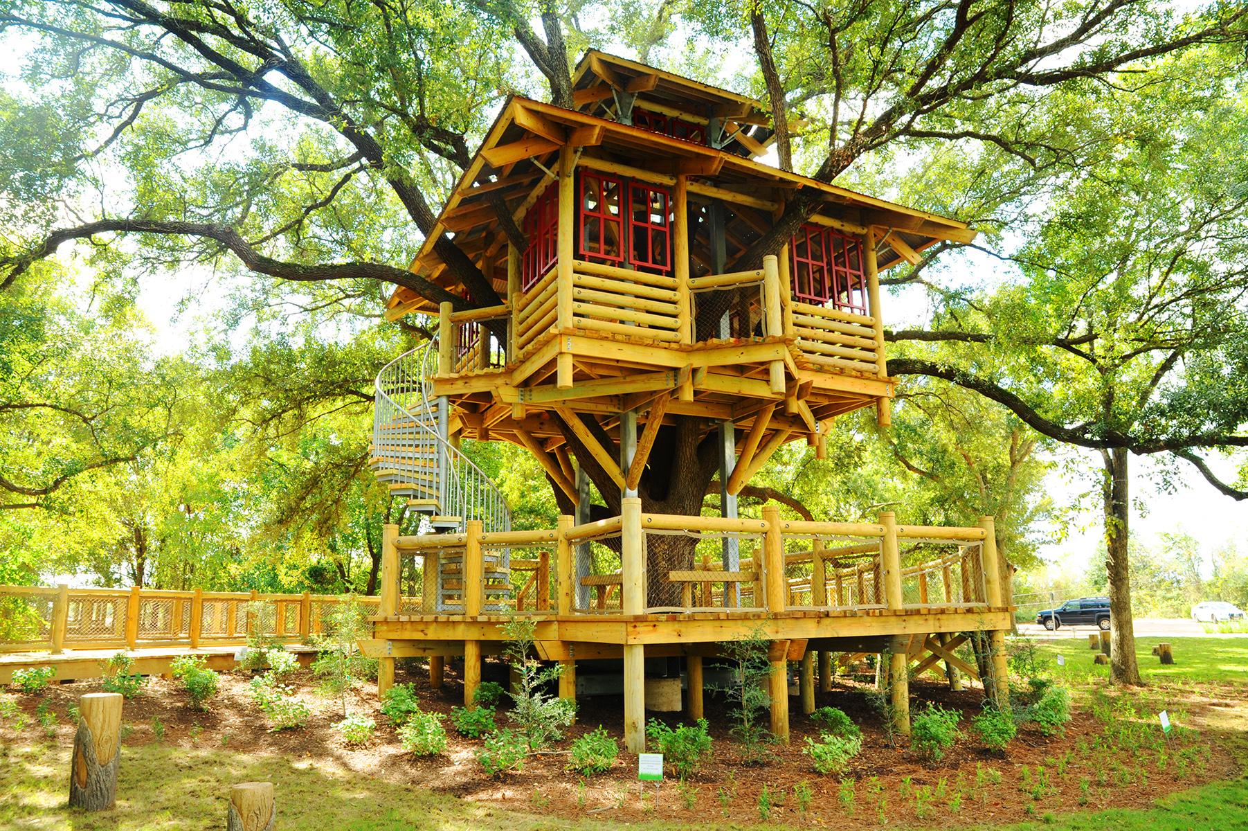 bridgeland builds its own community tree house houston chronicle