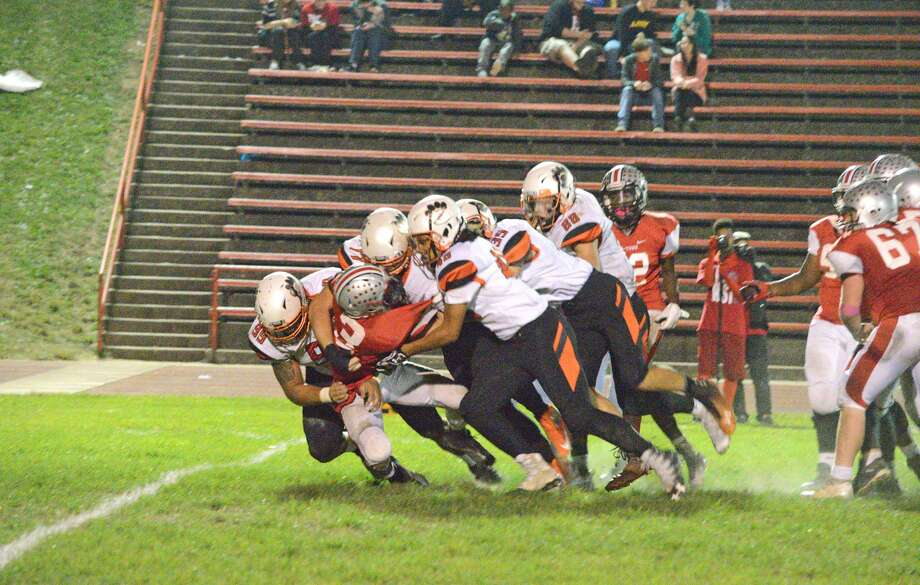 This is the caption for Edwardsville football. Photo: Scott Marion/Intelligencer