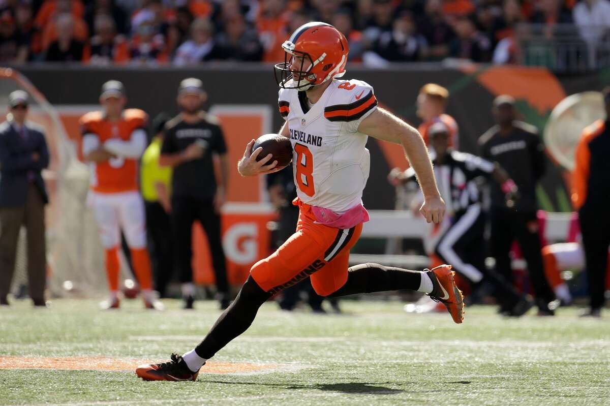 30. Cleveland Browns (0-7): Kevin Hogan didn't look great as a passer, completing just half his attempts and throwing two interceptions, but he ran for 104 yards and a score on seven carries. Last week: 31