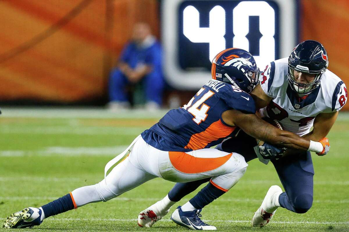 Former Broncos linebacker Brandon Marshall is slated to work out for the Texans on Tuesday.