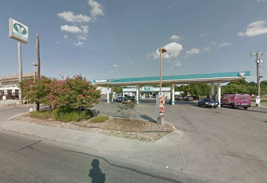 ValeroLocation: 10402 I-35 North