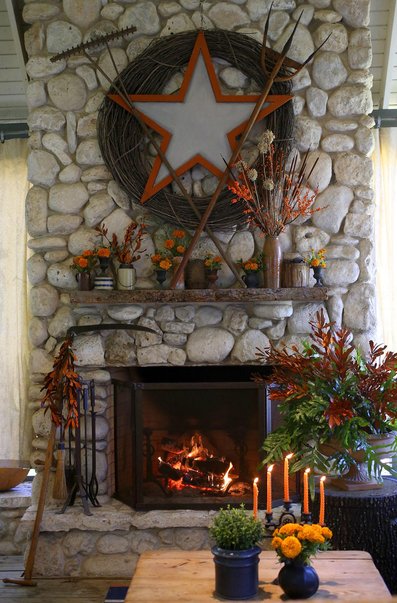 Http Www Expressnews Com Lifestyle Home Garden Article Finding Fall In South Texas Through Creative Home 10315731 Php