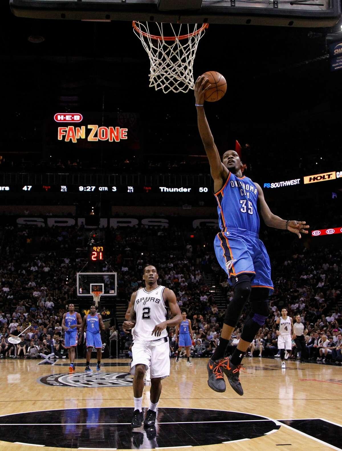 Jan. 8, 2012 : Thunder 108, Spurs 96 Durant: 21 points (5-9 FG/10-10 FT), 10 rebounds, 7 assists, 5 turnovers Leonard: 13 points (6-10 FG), 10 rebounds, 2 steals, 1 turnover