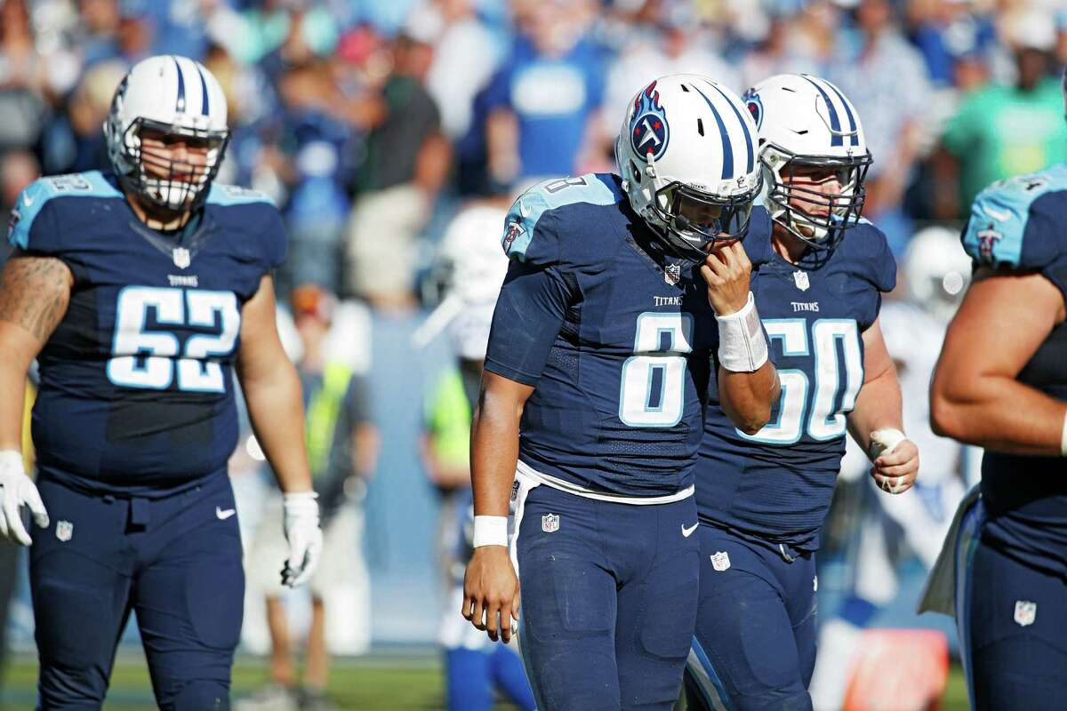 Tennessee (5-6) minus-5 at Chicago (2-8) Titans 24-17