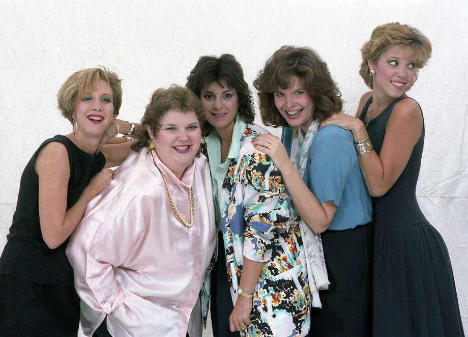 KLOL's Dayna Steele, KLTR's Betsy Ballard, KKBQ's Jackie Robbins, KKHT's Lauren Valle and KKHT's Hannah Storm at the Chronicle studio, Oct. 1, 1986. Photo: John Van Beekum, Houston Chronicle
