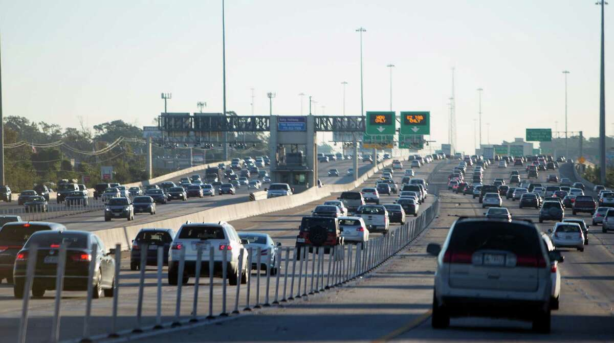 Despite the expansion of freeways and adding HOV lanes, traffic in the Houston area remains as heavy as ever, prompting officials to turn to the ConnectSmart program as a fresh approach to easing congestion.