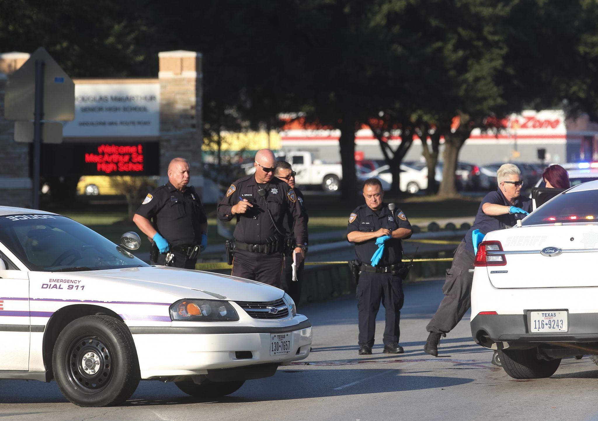 Aldine high school senior fatally struck in front of for Dean motor cars houston tx