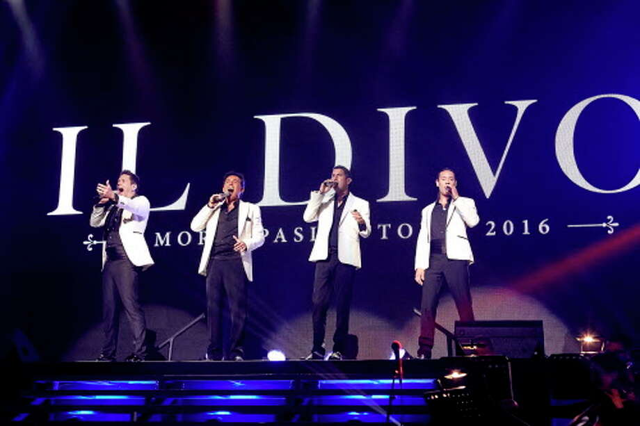 """Il Divo quartet in concert during their """"Amor & Pasion"""" tour. Photo: Carl Scheffel / ©2016 MSG Entertainment Holdings, LLC. All rights reserved."""