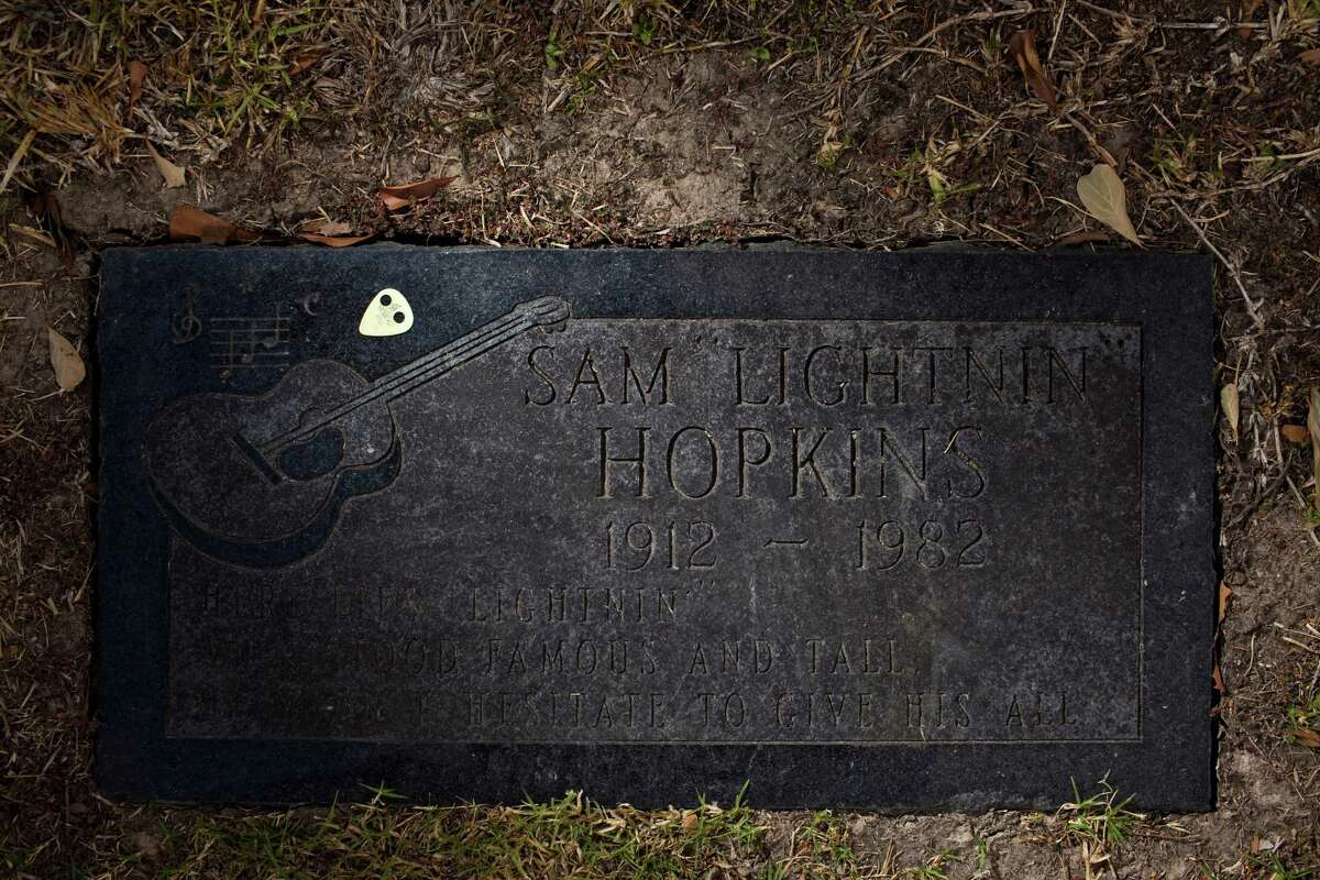 Lightnin' Hopkins' grave site at Forest Park Lawndale Cemetery.