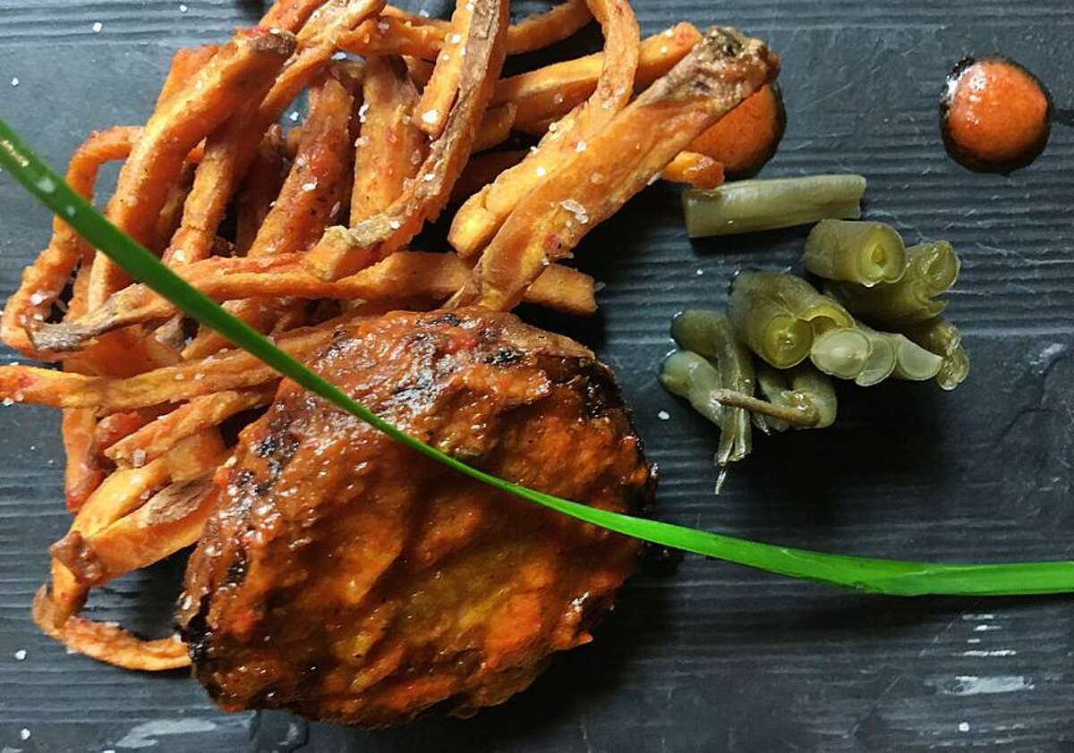 Tennessee hot quail with sweet potato fries and lacto-fermented green beans from Restaurant Gwendolyn