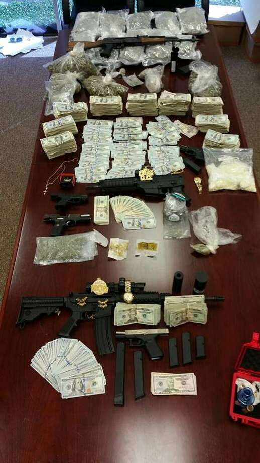 sheriff 39 s office 8 gang members arrested in plot to ship