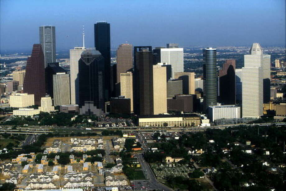 Houston did not make theAssociation of Foreign Investors in Real Estate'slist of top 5 U.S. cities for foreign investors in 2016 or 2017, after placing third in 2015. Photo: Paul S. Howell/Getty Images