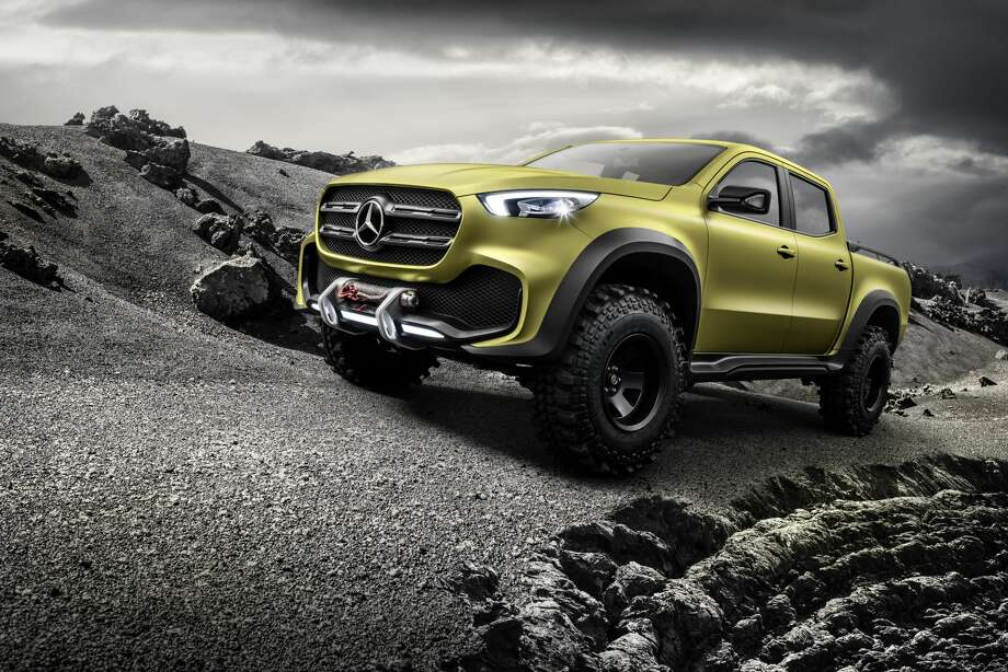 Mercedes-Benz Concept X-CLASS powerful adventurer. Photo: Daimler AG - Product Communicati/Daimler AG