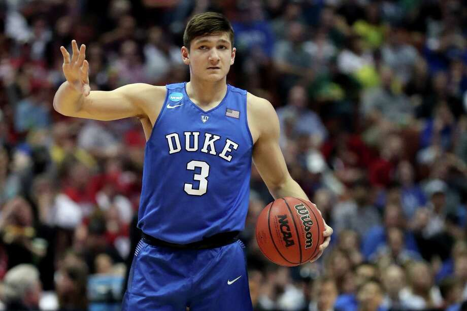 ANAHEIM, CA - MARCH 24:  Grayson Allen #3 of the Duke Blue Devils calls a play against the Oregon Ducks in the first half in the 2016 NCAA Men's Basketball Tournament West Regional at the Honda Center on March 24, 2016 in Anaheim, California.  (Photo by Sean M. Haffey/Getty Images) ORG XMIT: 592273487 Photo: Sean M. Haffey / 2016 Getty Images