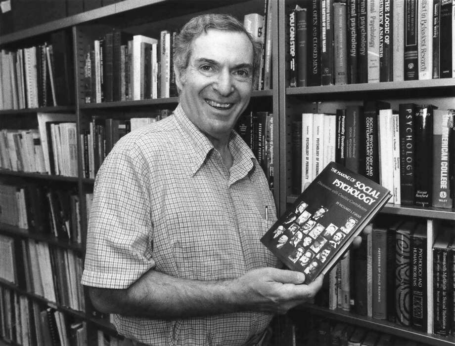 "In addition to his television work, Evans published more than 300 articles and wrote 20 books, including 1980's ""The Making of Social Psychology."" Photo: Larry Reese, HC Staff / Houston Chronicle"