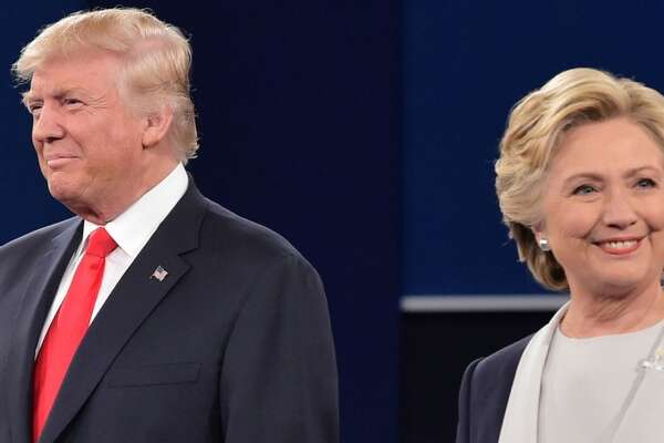 US Democratic presidential candidate Hillary Clinton (R) and US Republican presidential candidate Donald Trump.