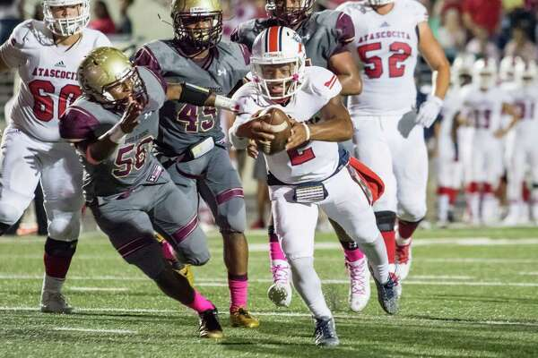 Atascocita quarterback Daveon Boyd (2) and the Eagles are vying for consecutive trips to the regional finals. This time around, however, they're competing in Region III and likely will get to avoid playing a powerhouse foe early in the playoffs.