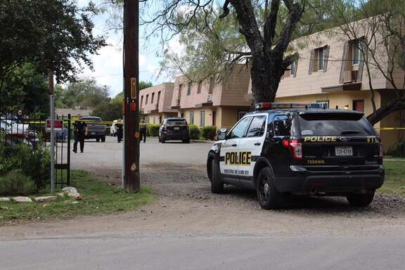San Antonio police and emergency crews respond to the scene of a shooting in the 200 block of Rainbow Drive on Thursday, Oct. 27, 2016.