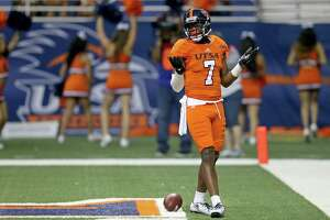 UTSA wide receiver Kerry Thomas Jr. gestures after scoring a touchdown during the first half against UTEP on Oct. 22, 2016, in San Antonio.